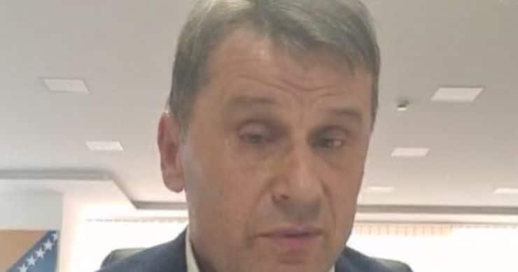Fadil Novalić se rasplakao na Facebooku: Kada su od mene pokušali da naprave lopova, podvukao sam crtu i rekao dosta